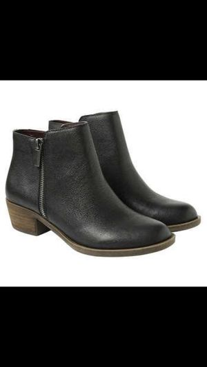 kenneth cole women's leather boots for Sale in Henrico, VA