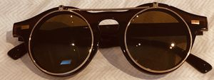 Women's Flip Up Brown Gold Sunglasses for Sale in The Bronx, NY