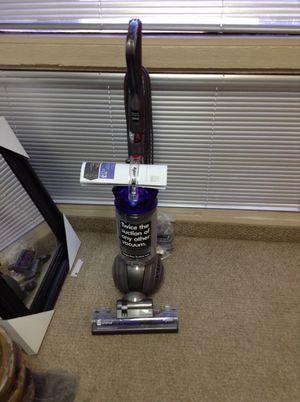 Dyson DC 65 animal upright vacuum for Sale in Phoenix, AZ