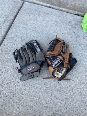 Baseball Glove for Sale in Danville, IN