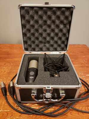 AKG P220 Large-diagram Condenser Microphone for Sale in Minneapolis, MN