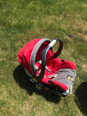 Baby car seat rear facing for Sale in Carmel, IN