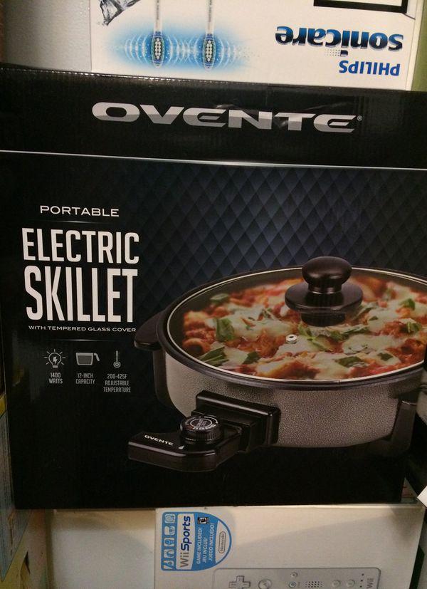 Electric skillet