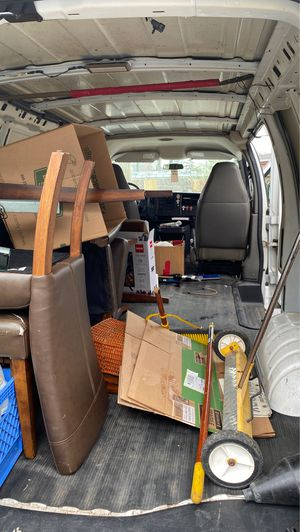 2006 Chevy express van with a 95,000 miles on it for Sale in Rosedale, MD