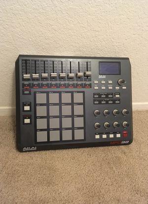 AKAI MPD32 drum pad, MIDI USB. Make beats! for Sale in Abilene, TX