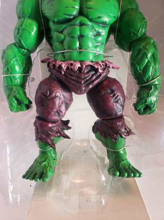 """Diamond Marvel Select THE INCREDIBLE HULK Green Action 9"""" Figure open box new selling for only $20"""