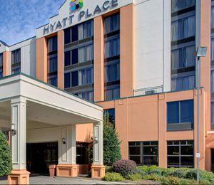 Half off hotels. for Sale in Atlanta, GA