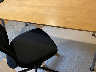 IKEA Gallant Home Office Desk, Adjustable Up And Down for Sale in Renton,  WA