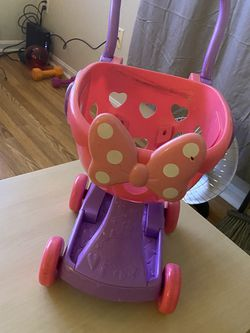 Minnies Mouse Play Cart for Sale in Laurel,  MD