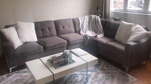 Sectional sofa Gorgeous Gray fabric for Sale in Brooklyn, NY