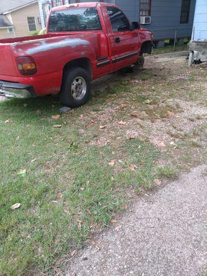 99 Chevy silverado for Sale in Baton Rouge, LA