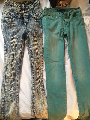 Size 1 Levi jeans straight leg for Sale in Mount Rainier, MD