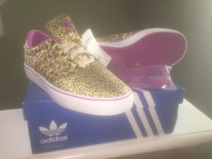 ADIDAS SNEAKERS for Sale in Orlando, FL