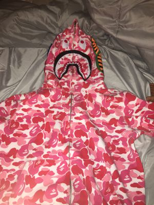 Pink bape willing to trade for Sale in Lorain, OH
