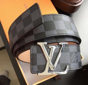 LV belt- Men for Sale in New York, NY