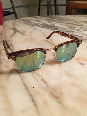 H&M Sunglasses for Sale in Chicago, IL