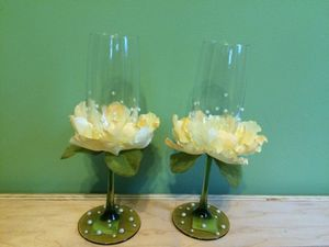 Romantic Decorated Wedding Glass Set of 2 for Sale in Burke, VA