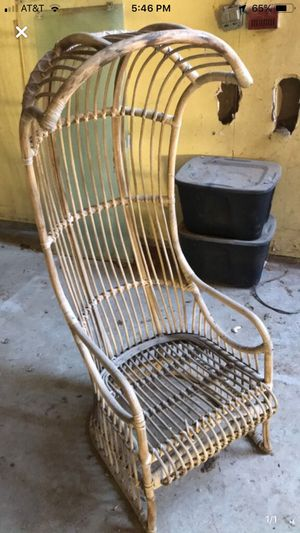 Rare antique peacock chair 100$ for Sale in Tulare, CA