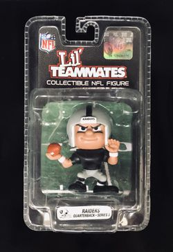 LV Las Vegas Raiders NFL Football Lil' Teammates Collectible Action Figure QuarterBack Series 3 - BRAND NEW! for Sale in Citrus Heights,  CA
