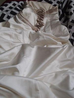 Davids bridal wedding dress size 6 for Sale in Lehigh Acres, FL