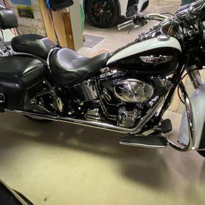 2006 Harley Davidson Custom Deluxe for Sale in Irwin, PA