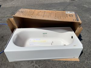 Brand new bath tub for Sale in West Covina, CA