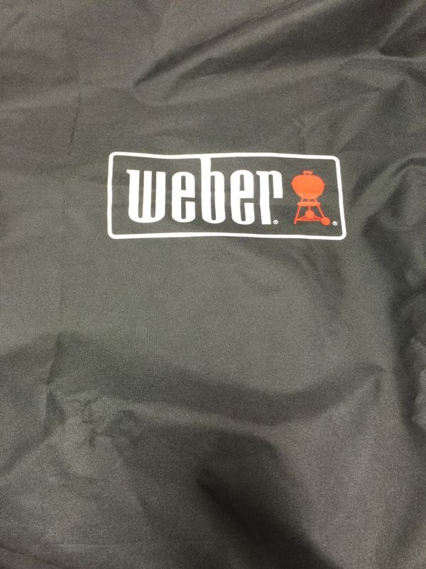 Weber bbq cover/ brand new no box.Fits 200/300 Weber bbq