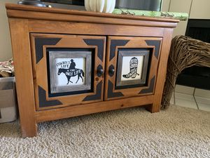 Living Room Western Set- 2 end tables 1 TV stand for Sale in Scottsdale, AZ