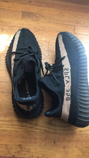Yeezy Boost 350 V2 Copper for Sale in Charlotte, NC