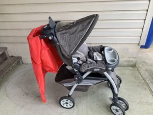 Chicco stroller with airplane gate bag. Make a reasonable offer and we can chat!! for Sale in Newport News, VA