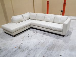 Sectional couch for Sale in Hollywood, FL