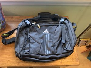 Adidas rip stop shoulder bag for Sale in Portland, OR