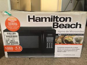 hamilton beach microwave oven for Sale in Cary, NC