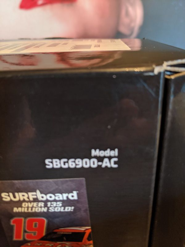 ARRIS SURFboard SBG6900AC Docsis 3.0 16x4 Cable Modem/ Wi-Fi AC1900 Router
