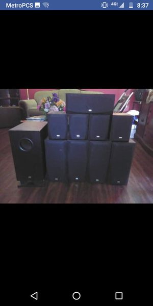 Onkyo surround sound set up( make offers) for Sale in Brooklyn, OH