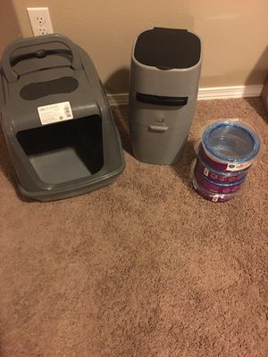 Cat Litter Genie, Refills, and litter box for Sale in Kennewick, WA