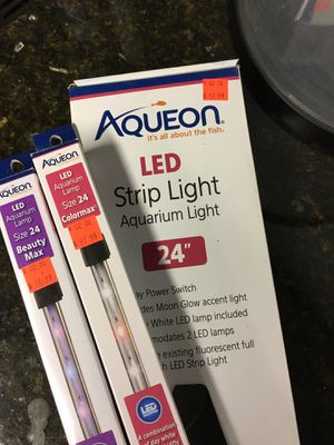 24 inch fish tank/Aquarium Interchangeable LED strip light for Sale in Plainfield, IL