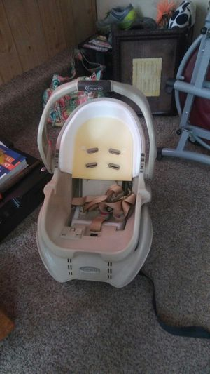 Carseat and base for Sale in Prattville, AL