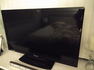 """Philips 32"""" flat screen TV for Sale in San Diego, CA"""