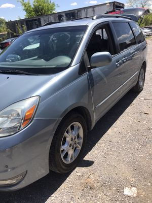 Toyota Sienna for Sale in La Vergne, TN