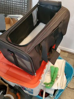 Plush Pet Carrier For Small Cats And Dogs for Sale in Stockton,  CA