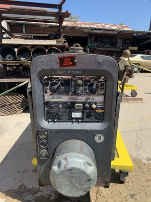 Lincoln classic 300 D welder for Sale in Arvada, CO
