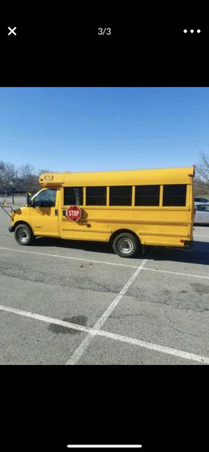 Chevy express 3500 (Gas) for Sale in The Bronx, NY