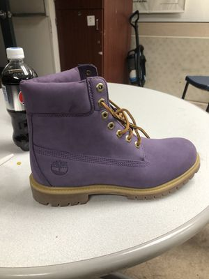 New timberlands purple 9.5 for Sale in Boston, MA