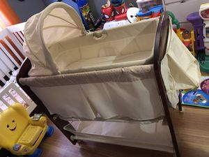Baby Bassinet for Sale in Brooklyn, NY