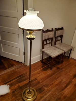 Vintage floor lamp for Sale in Lewisburg, TN