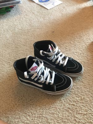Like new black high top Vans Size 1.5 for Sale in Wylie, TX