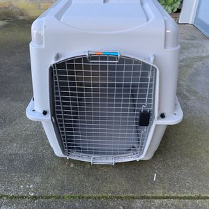 Medium Size Classic Kennel for Sale in Millbrae, CA