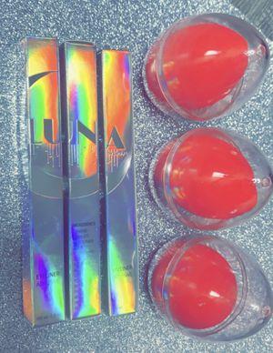 Eyeliner waterproof beauty blenders for Sale in Arlington, TX