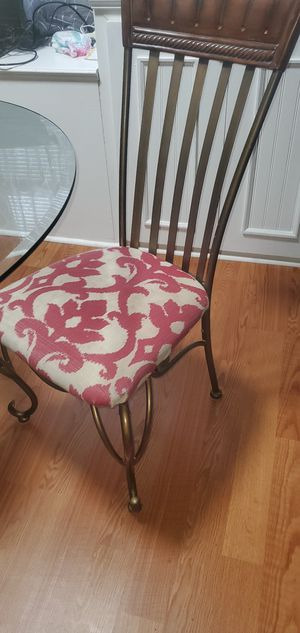 FREE Table and 3 chairs for Sale in Smyrna, GA